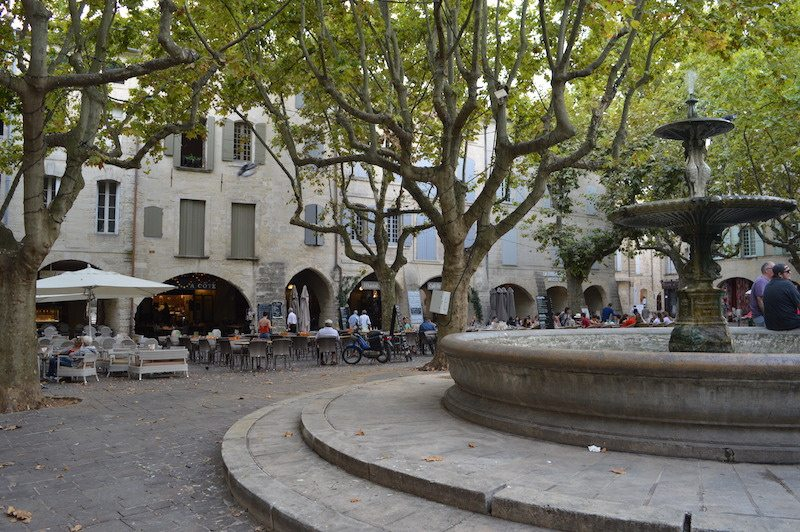 Wandering through Uzès